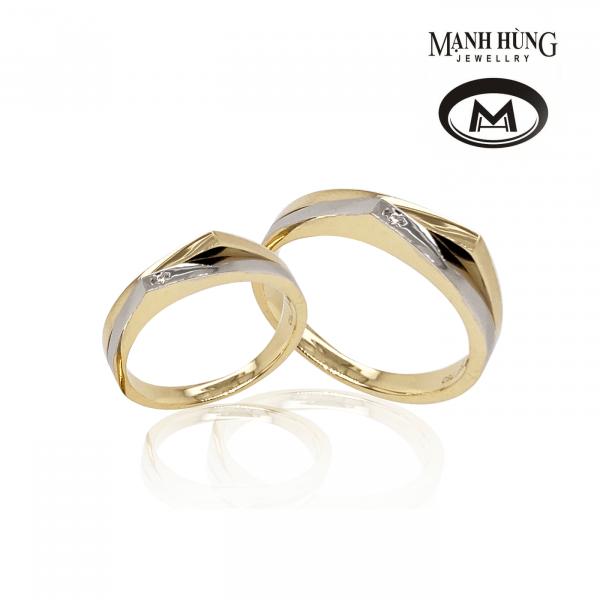 Nhẫn cưới vàng tây gắn đá sang trọng